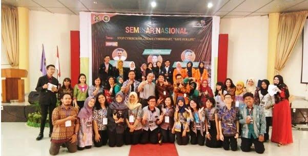 Bersama Dekan Fakultas Psikologi Universitas Sumatera Utara dan Panitia Pelaksana Psy Generation